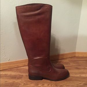 Ciao Bella size 10 brown riding boots. Worn once.